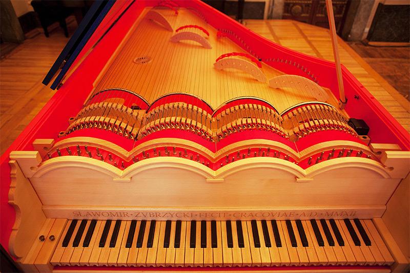 Viola Organista built by Slawomir Zubrzycki