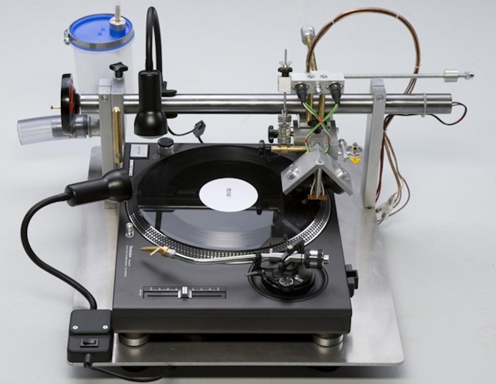 vinyl-recorder-t560