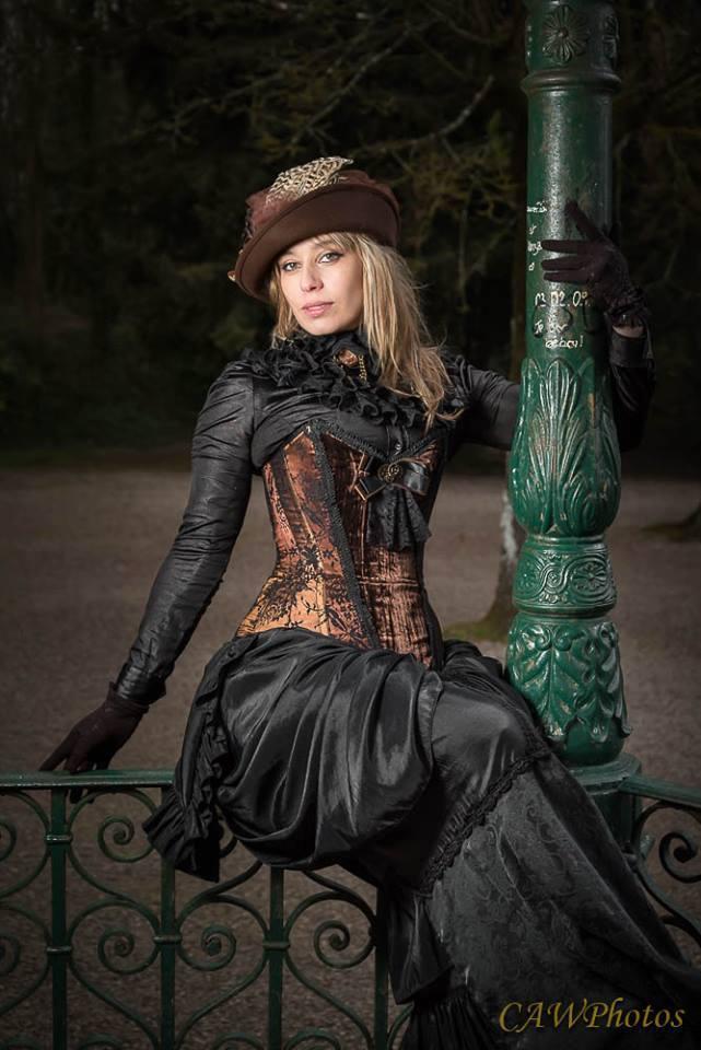 comment accessoiriser sa tenue steampunk 1 les chapeaux french steampunk le r seau de. Black Bedroom Furniture Sets. Home Design Ideas